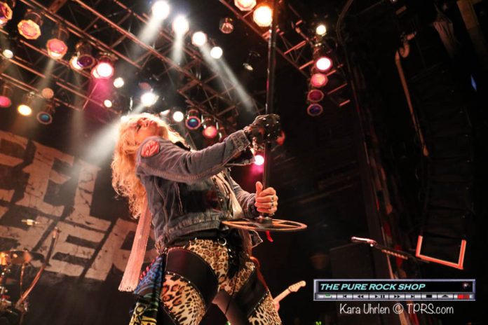 steel-panther-19